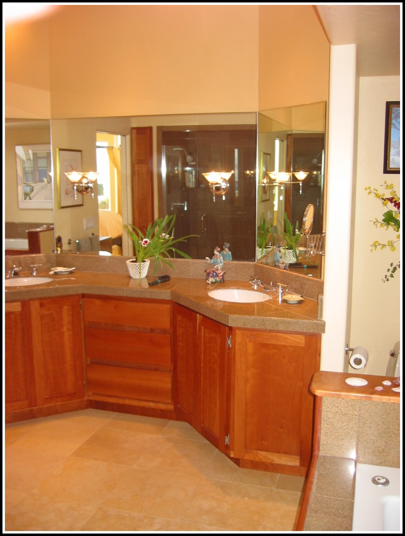 Master bath vanity with granite counter tops