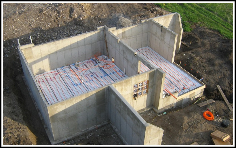 foundation walls and preparation for hydronic heating in the lower slab